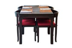 Trääta middag isolerad tabelluppsättning royaltyfri bild