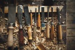 Trä för arbetare för bänkhjälpmedelstämjärn Royaltyfri Fotografi