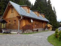 Trä hus Arkivfoton