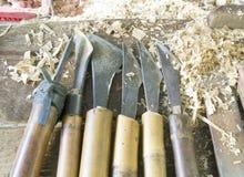 Trä-roterande hjälpmedel för tappning som används med roterande trä på en drejbänk Royaltyfri Bild