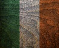 Trä texturerad flagga - Irland Royaltyfria Bilder