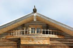 träantikt hus Arkivbilder