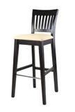 Träbekväm stol för baren som isoleras på vit bakgrund arkivbild