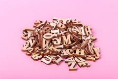 Träbokstäver av det engelska alfabetet Royaltyfri Foto