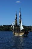 Träbrigen, Lady Washington, seglar Arkivfoto