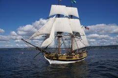 Träbrigen, Lady Washington, seglar på laken Washington Royaltyfri Fotografi