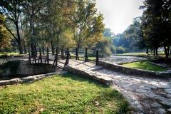 Träbron i Topcider parkerar Royaltyfri Bild