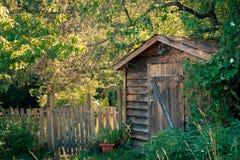 Trädgård eller hjälpmedelskjul Fotografering för Bildbyråer