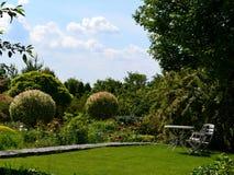 Trädgård för att koppla av Arkivbilder