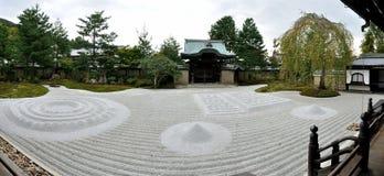 Trädgård för Kyoto Kodaiji tempelzen royaltyfri fotografi