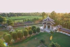 Trädgård för tre kungariken på Pattaya: Sikt från över royaltyfria bilder