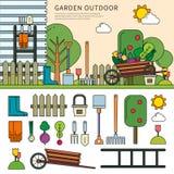 Trädgård i byn Royaltyfri Foto