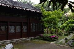 Trädgård-klassiska trädgårdar för vår av Suzhou Royaltyfria Bilder