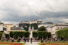 Trädgård och slott Royaltyfria Foton