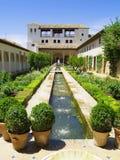 Trädgårdar av Alhambra, Granada, Spanien Arkivbild
