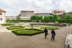 Trädgårdar av senaten i Prague Arkivbild