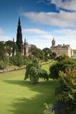 Trädgårdar för Edinburgprinsgata Arkivbilder