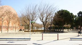 Trädgårdar i Sant Adria de Besos Arkivbilder