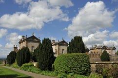 Trädgårdar och byggnad, Chatelherault Arkivbilder