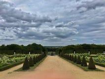 Trädgården av den Versailles slotten, Paris royaltyfria bilder
