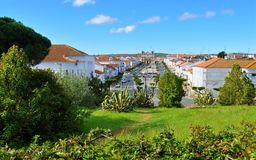 Trädgården och avenyn som ses från slotten Royaltyfria Foton