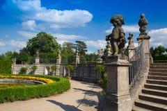 Trädgården parkerar i Dobris Royaltyfri Bild