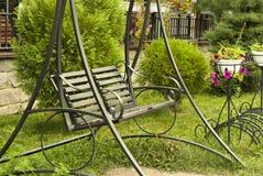 Trädgårds- bänk-gunga Fotografering för Bildbyråer