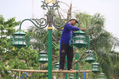 Trädgårds- belysning för underhåll royaltyfria bilder