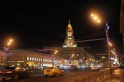 Trädgårds- cirkel i Moskva vid natt Arkivbild