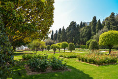 Trädgårds- Franciscan kloster royaltyfri fotografi