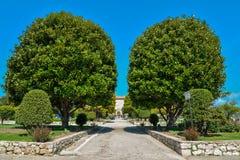 Trädgårds- Franciscan kloster arkivbilder