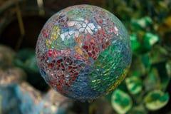 Trädgårds- Glass jordklot royaltyfri fotografi