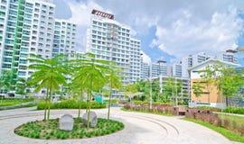 trädgårds- hög bostadsstigning för gods arkivfoto
