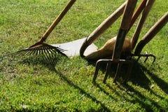 trädgårds- hjälpmedel royaltyfria foton