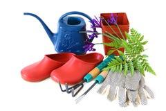 Trädgårds- hjälpmedel och Clogs Fotografering för Bildbyråer