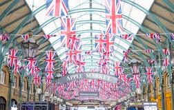 trädgårds- jubilee london för covent flaggor fotografering för bildbyråer