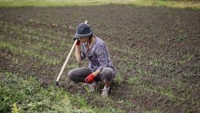 trädgårds- kvinna lager videofilmer