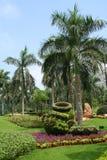 trädgårds- liggande Arkivfoto