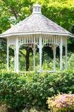 Trädgårds- paviljong Arkivbild