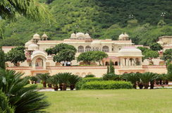 Trädgårds- slott i Jaipur. Royaltyfria Bilder