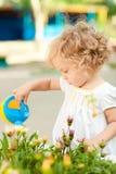 trädgårds- sommar för barn Arkivfoto