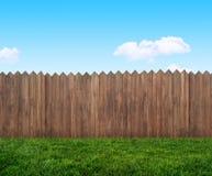 trädgårds- trä för staket royaltyfri bild