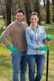Trädgårdsodlare på arbete Royaltyfria Bilder