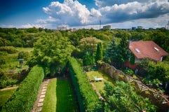 Trädgårdträdgårdar av radhem Royaltyfri Fotografi