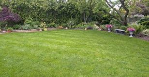 trädgårdtrees royaltyfri foto