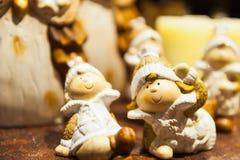 Trädiagramet av barn i vinter beklär julbakgrund Royaltyfria Bilder