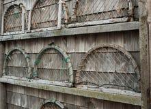 Träfälla avslutar på väggen Royaltyfria Bilder