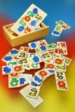 träfärgrika toys för backg Arkivbild
