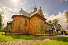 Träförsamlingkyrka av den obefläckade befruktningen i Spytkowice, Arkivbild