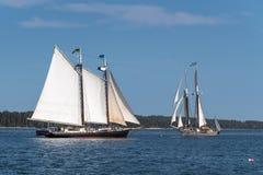 Träfartygpasserande Arkivbilder